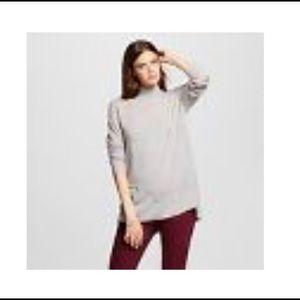 Roomy grey sweater